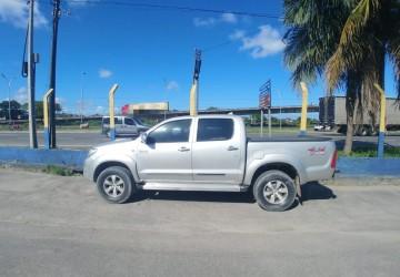 Caminhonete de luxo furtada em Petrolina é encontrada no Recife