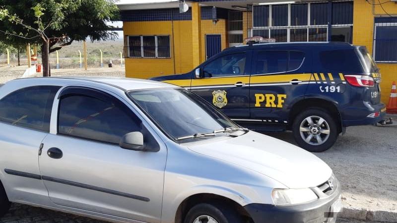 A abordagem foi feita durante uma fiscalização de Policiais Rodoviários.