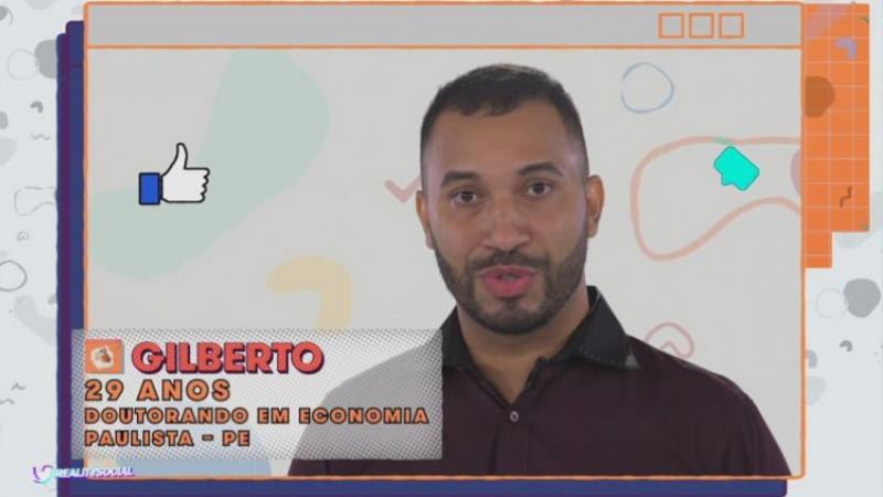 Nascido em Jaboatão dos Guararapes, Gilberto mora no município de Paulista, no Janga, Região Metropolitana do Recife, bairro onde vive desde seus 18 anos. É graduado e mestre em economia pela UFPE