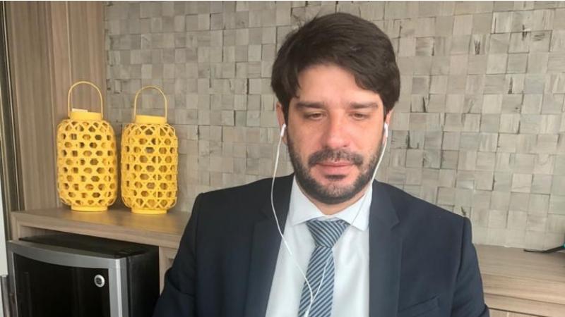 O vereador do Pros, que está em seu primeiro mandato, defende políticas públicas que ajudem o micro empresário nesse momento de crise, agravada pela pandemia do Covid-19