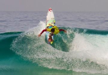 Medina é campeão da etapa sul-africana do mundial de surfe