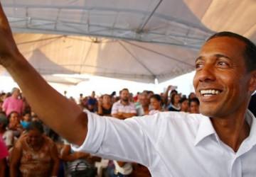 Dando o troco ao PSB: aliados de Lupércio querem ele na disputa ao Governo do Estado