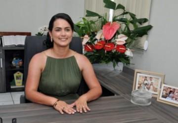 """""""Casinhas avançou no cuidado com o nosso povo"""": Juliana de Chaparral, nos primeiros 100 dias de governo"""