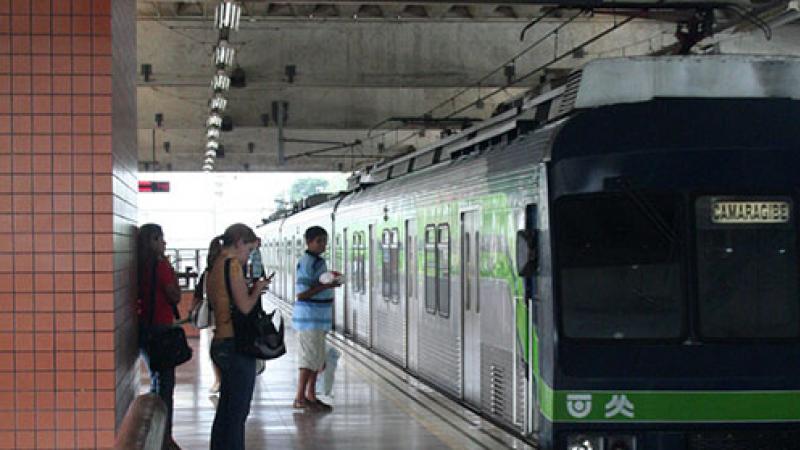 O metrô da capital pernambucana atende, diariamente, cerca de 400 mil pessoas.