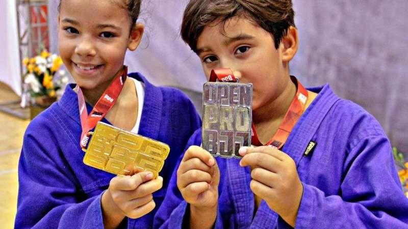 Mais uma vez, Caruaru será palco do melhor Campeonato de Jiu-Jitsu de Pernambuco. O Open Pro BJJ será realizado neste domingo (24), na quadra do Colégio Municipal Álvaro Lins.