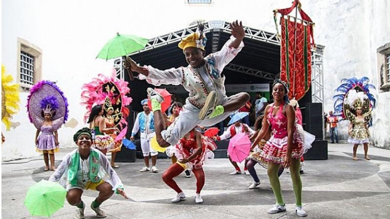 Agremiações e atrações que atendam aos requisitos devem solicitar habilitação no sitewww.culturarecife.com.braté 9 de março
