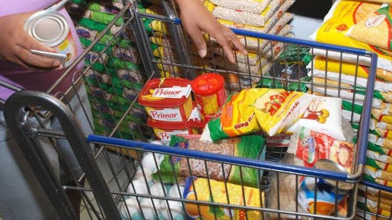 Feijão, margarina e óleo tiveram queda de custo