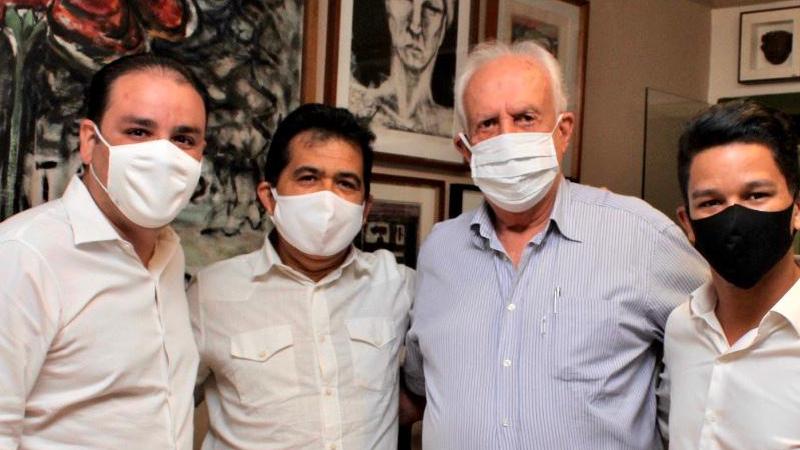 O  prefeito de Salgadinho e um pré-candidato a vereador de Olinda também foram recebidos pelo senador