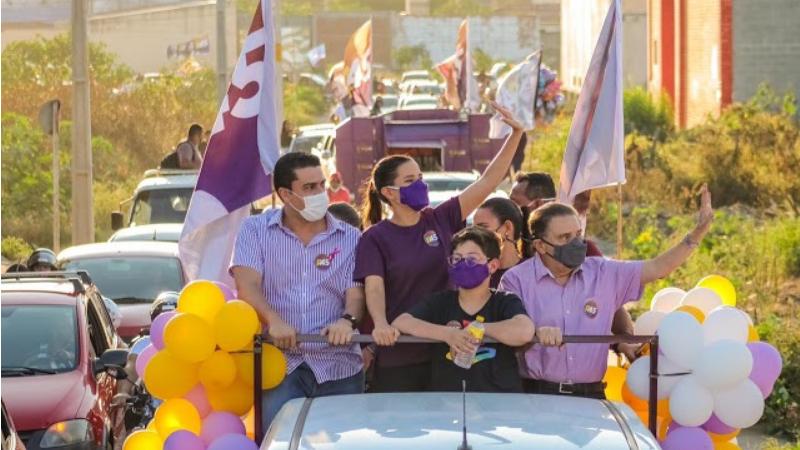 A comitiva da candidata a reeleição passou pelos bairros São João da Escócia, Salgado, Cidade Jardim, Cedro e Rendeiras.