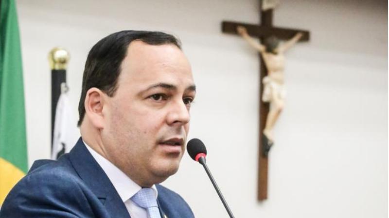 O prefeito de Garanhuns contestou as insinuações do prefeito de Petrolina em relação a velocidade da vacinação no Recife e saiu em elogiou o prefeito do Recife João Campos.