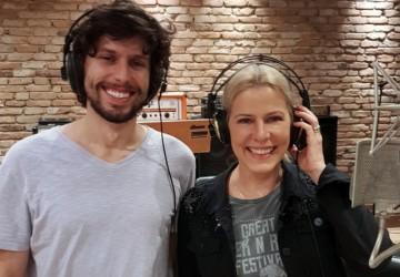 Paula Toller lança música com o filho para comemorar 38 anos de carreira