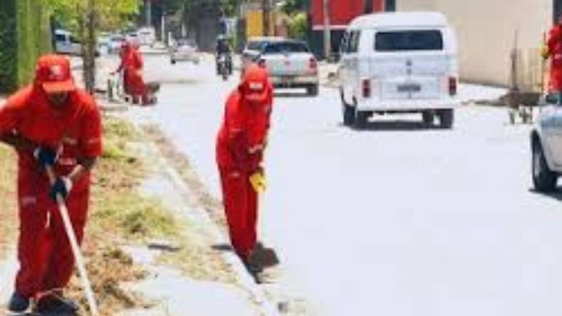 A partir das 16h30 haverá mutirões de limpeza nos locais de votação e nos principais corredores da cidade para remover todo lixo produzido