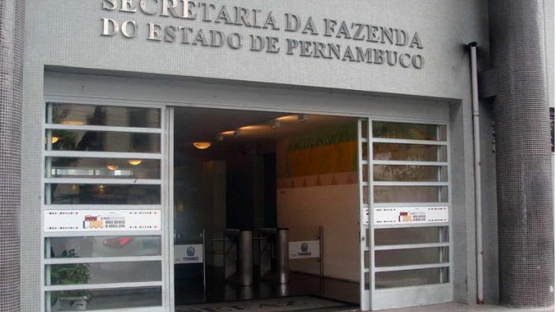 O governo determinou a medida a 5,6 mil empresas com alguma irregularidade junto a Fazenda.