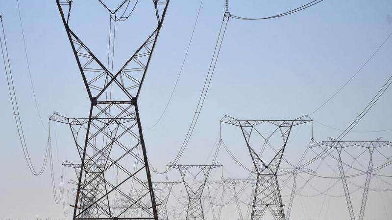 Fornecimento de energia foi interrompido por volta das 21h na terça