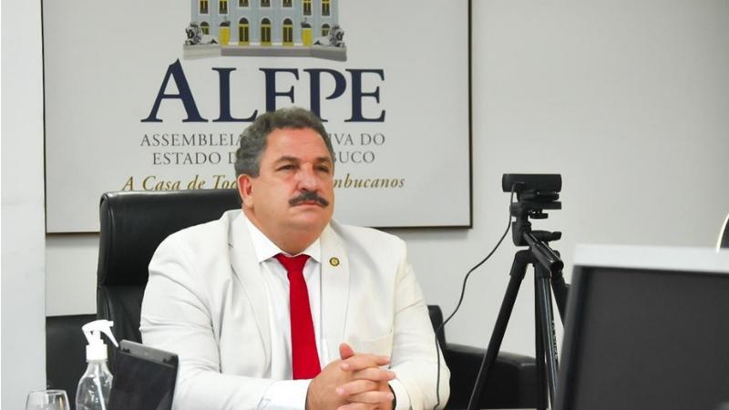 """O """"Fala Pernambuco"""" realizará escutas junto aos setores produtivos para coletar as principais necessidades de políticas e medidas legais de suporte às micro e pequenas empresas."""