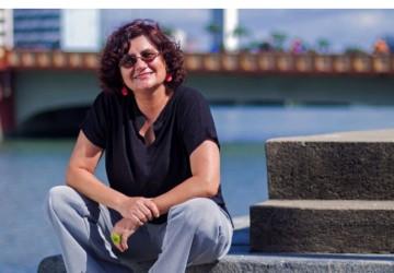 Cida Pedrosa ganha Prêmio Jabuti 2020 na categoria Poesia