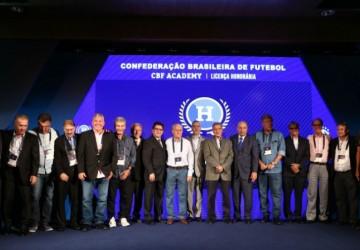 A Academia do Futebol, por Pedro Lacerda