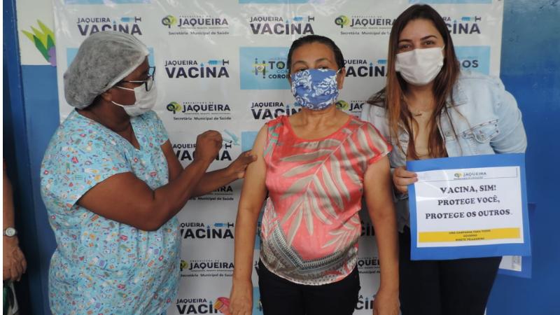 Grupo prioritário entre 50 e 59 anos foi imunizado com vacina da Astrazeneca