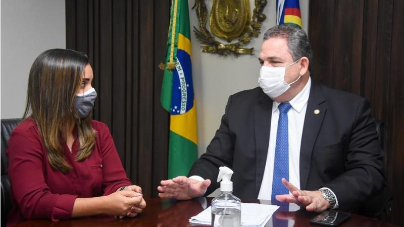 No encontro, a secretária também tratou do reinício da construção da PE-088, que liga Salgadinho a João Alfredo