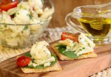 Simples e prático, aperitivo de bacalhau é opção para Páscoa