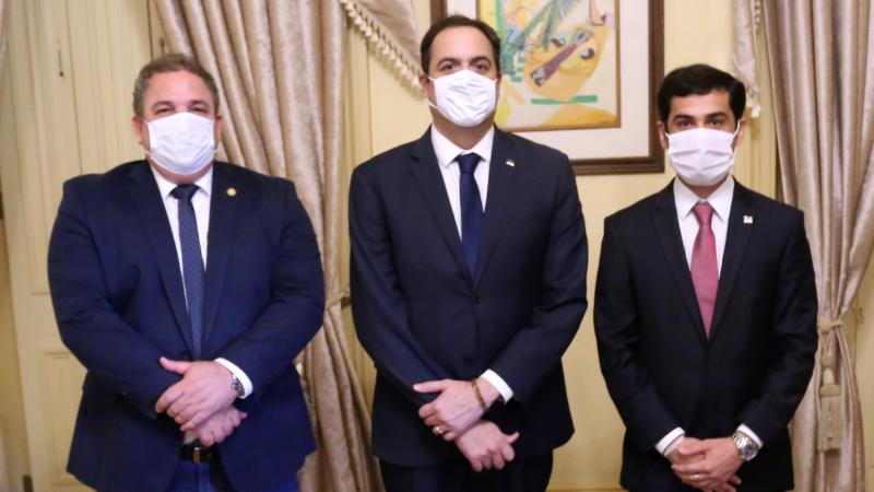 O deputado Eriberto Medeiros, presidente de Alepe, prestigiou a Posse de Claudiano Martins Filho, seu correligionário no Progressistas