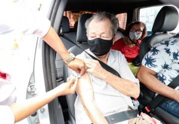 Cabo vacinou 687 idosos contra a Covid-19 em mutirão nesse sábado (6)
