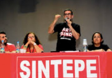 Nota do Sintepe acusa Governo de atacar Plano de Cargos e Carreira da categoria