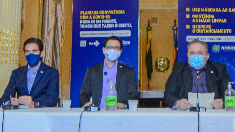 Os comerciantes também terão acesso a uma linha de crédito especial, no valor de R$ 3 mil, viabilizada pela Agência de Empreendedorismo de Pernambuco (AGE).