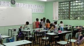 Garantia à educação de crianças e adolescentes ainda é um desafio no Brasil