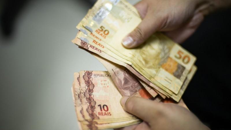Valor deve ser usado para saque e despesas com cartão de crédito