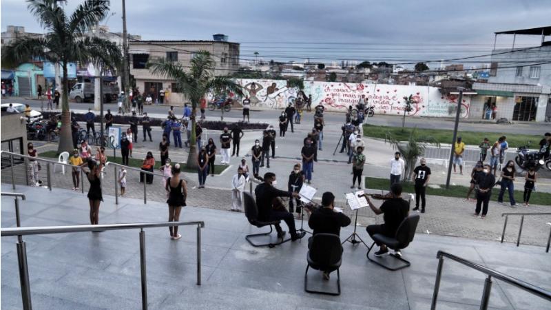 A homenagem foi organizada pela Prefeitura do Recife em parceria com músicos da Universidade Federal de Pernambuco (UFPE)