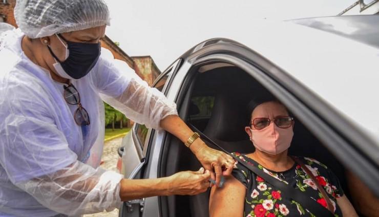 Camará Shopping realiza novo mutirão de vacinação contra a COVID-19