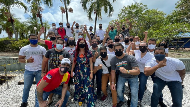 Na última sexta (14), o Governador do Estado assinou a convocação de 1.085 novos profissionais para fortalecer a segurança em Pernambuco.