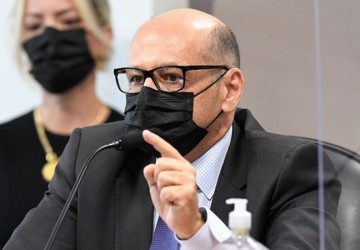 CPI da Pandemia: diretor do Butantan culpa Bolsonaro por atraso na vacinação