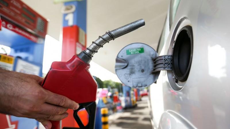 Preço médio da gasolina registra alta de 1.88% e segue acima de R$6,00