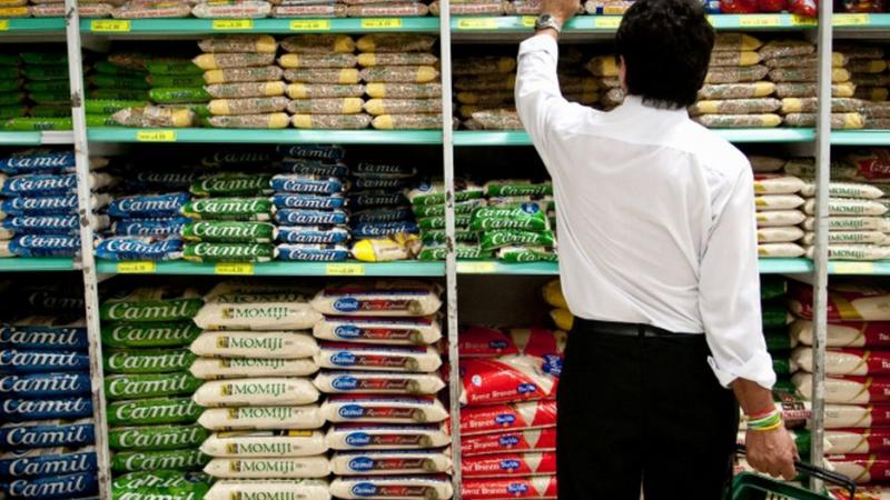 A pesquisa foi realizada em outubro, abrangendo 59 itens em 11 redes de supermercados