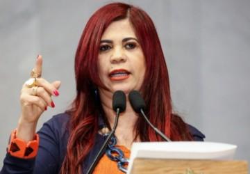 Gleide Ângelo propõe projeto que garante mais informação sobre a rede de proteção às estudantes das escolas públicas de Pernambuco