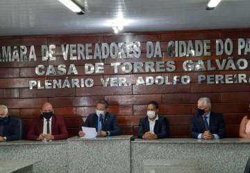 Jorge Carreiro toma posse como prefeito do Paulista