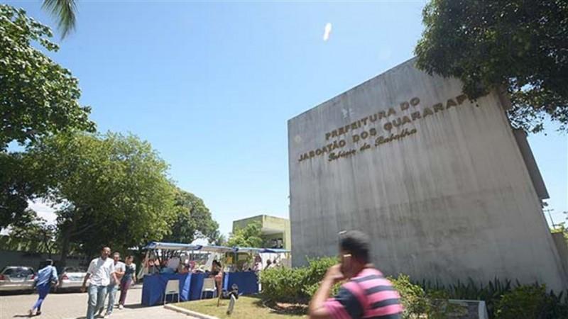 Administração, por meio da Secretaria Municipal de Planejamento e Gestão (SEPLAG), firmou contrato, por licitação, com uma empresa que tem sede em Joinville, Santa Catarina