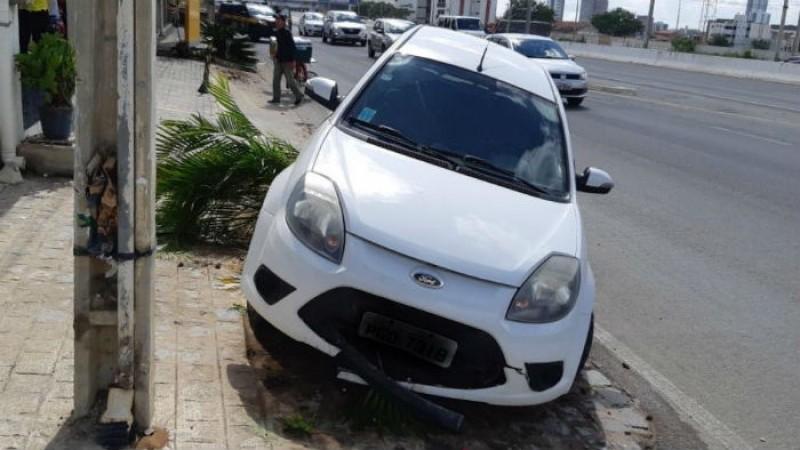 Foi dada voz de prisão e o motorista foi conduzido à Delegacia de Polícia Civil de Caruaru, para a continuidade dos procedimentos legais.