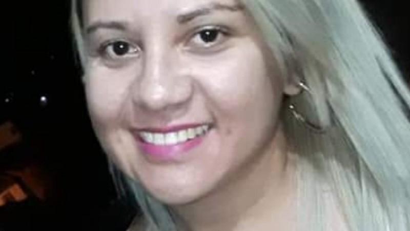 Elizângela Maria da Silva, 26 anos, foi morta supostamente de forma acidental após PM pedir para mulher segurar arma