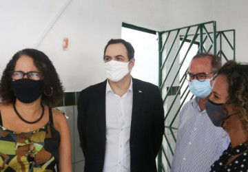Paulo Câmara visita nova sede do Centro de Saúde Penitenciário em Abreu e Lima
