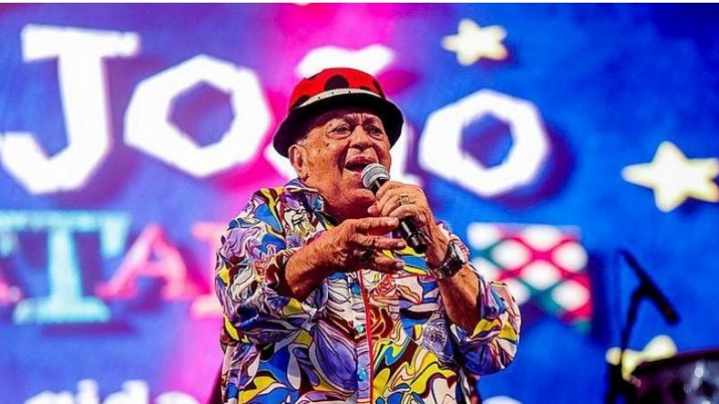 O cantor paraibano, que amava e residia em Pernambuco há décadas,  lutava contra a doença desde novembro passado em um hospital do Recife
