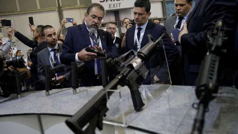 Empresas de armas avaliam impacto de decreto no mercado