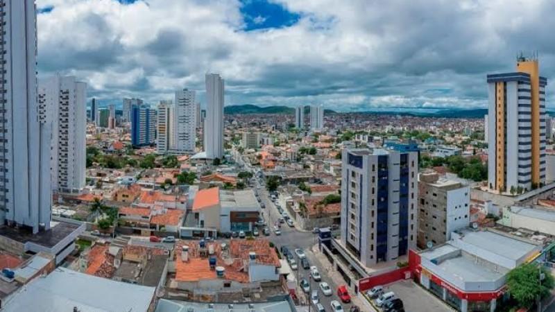 A programação segue à tarde, a partir das 15h, com o Projeto Caruaru em Movimento, no Monte Bom Jesus. Ainda dentro das homenagens, será realizado o primeiro São João na Roça de 2019, na Vila de Itaúna, a partir das 19h.
