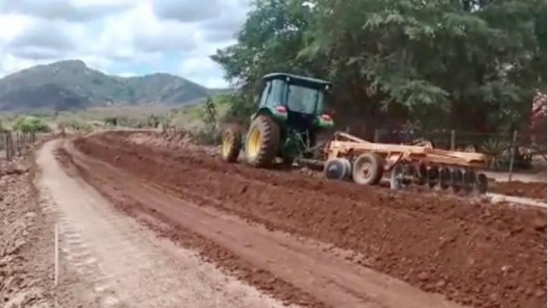 Os serviços acontecem no trecho de 13,4 quilômetros de extensão, entre a Vila de Serra dos Ventos e o distrito de Barra do Farias, no Agreste Central