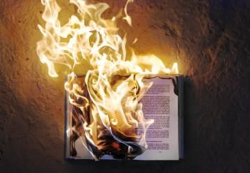 Conexão DF: A Morte do Livro, nova crônica de Maurício Gomyde