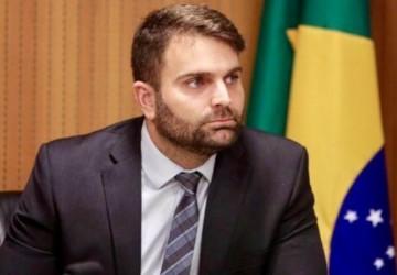 Gustavo Gouveia ressalta projeto de combate ao racismo em órgãos públicos do estado