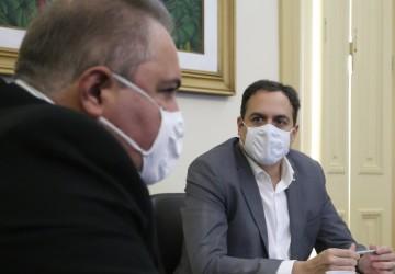 Pernambuco confirma a chegada da Coronavac na noite desta segunda (18)