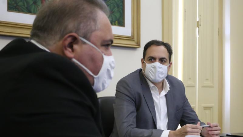 24 horas após a chegada das doses ao Recife, todas as 12 Gerências Regionais de Saúde terão o imunizante à disposição dos municípios